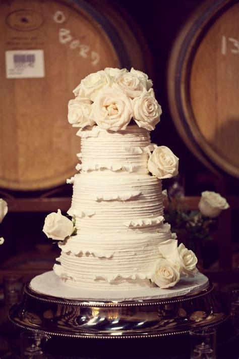 Best 25  Extravagant wedding cakes ideas on Pinterest