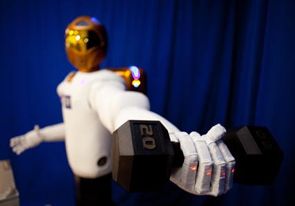 JSC2010-E-017533 -- Robonaut 2