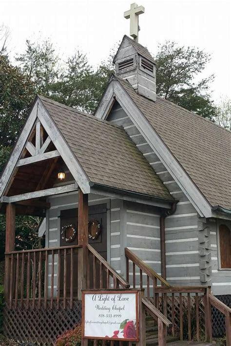 A Light of Love Wedding Chapel   Pigeon Forge, TN