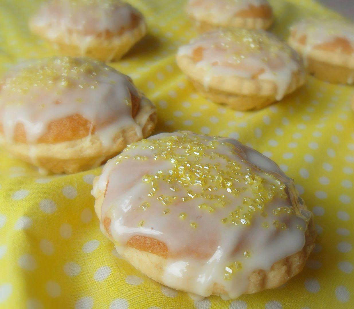 Lemon Drizzle Tarts