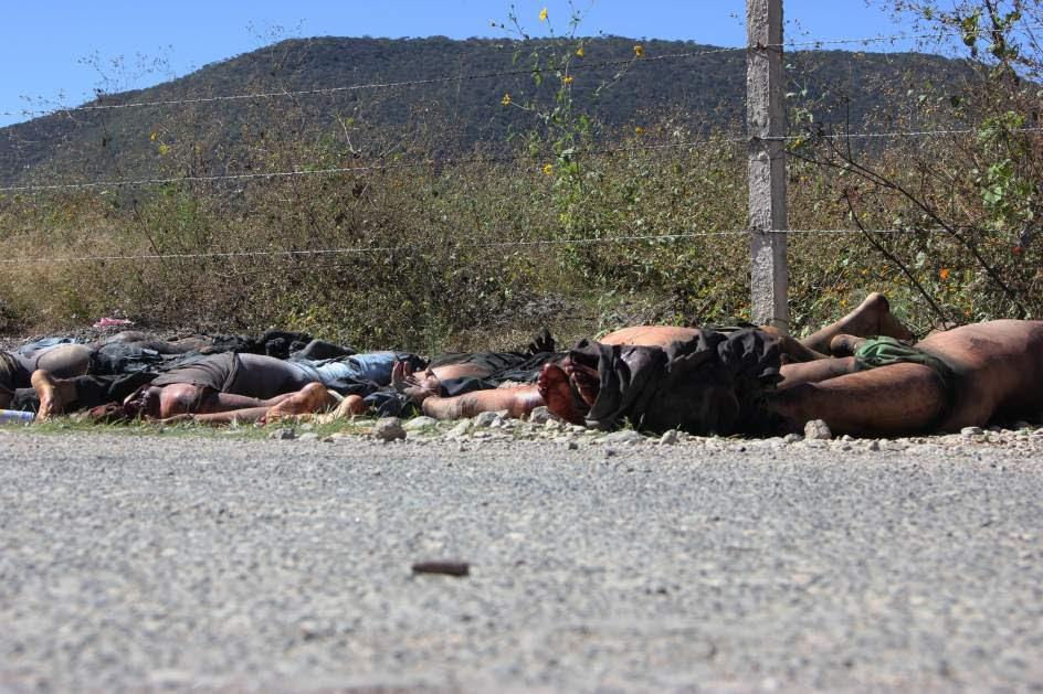 Hallan 11 cadáveres decapitados en México
