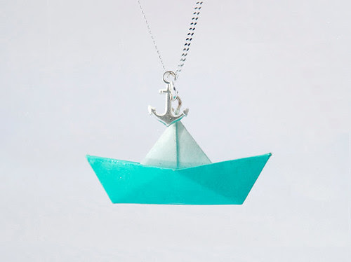 origami-boat-necklace