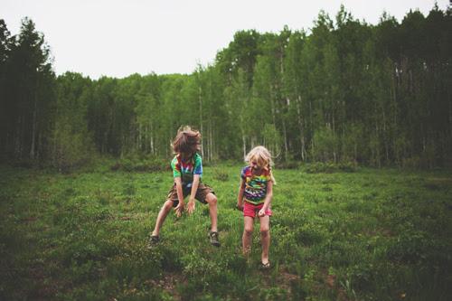 www.inthelittleredhouse.blogspot.com