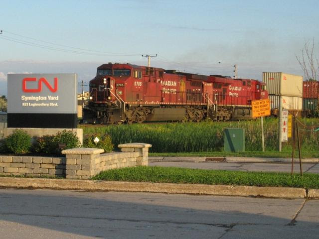 CP 9705 at Symington Yard in Winnipeg. Photo by Jeff Keddy