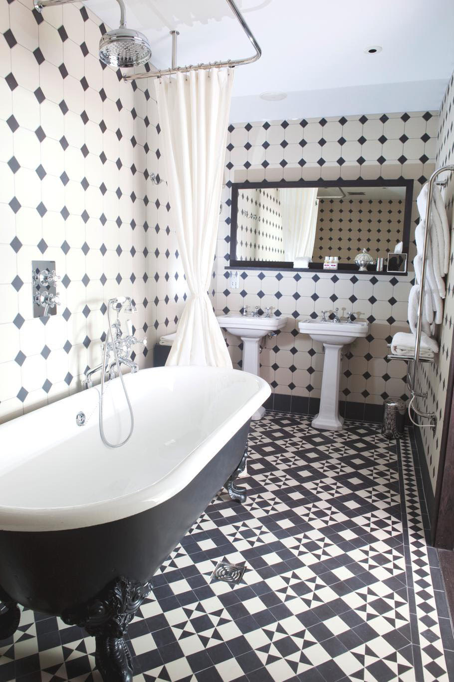 Floor tiles on Pinterest | Victorian, Tile and Tile Floor ...