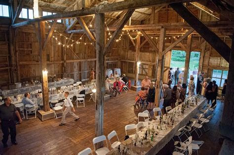 images  country chic rustic barn weddings