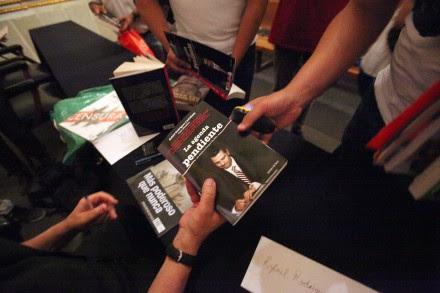 El libro La agenda pendiente. Los desafíos de Enrique Peña Nieto. Foto: Germán Canseco.