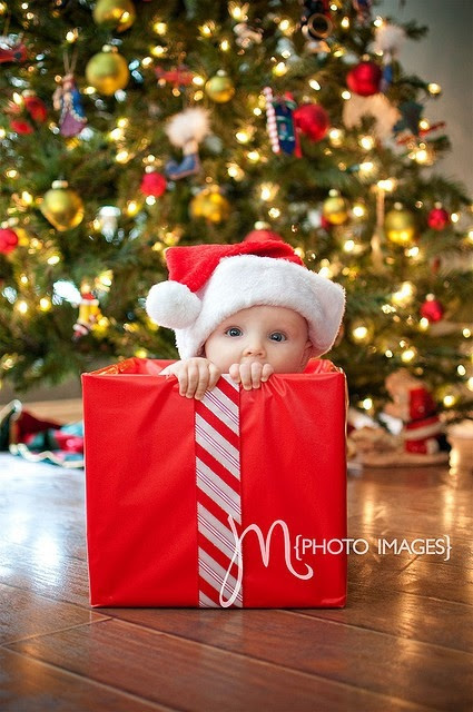 20 Holiday Baby Photo Ideas Images Christmas Baby Ideas Skye