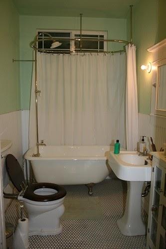 Bungalow Bathroom Tile