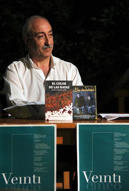 """""""EL COLOR DE LAS HAYAS"""" EN CORNIERO"""