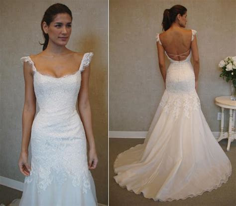 """Post all """"Knock Off Wedding Dress"""" questions/comments here"""