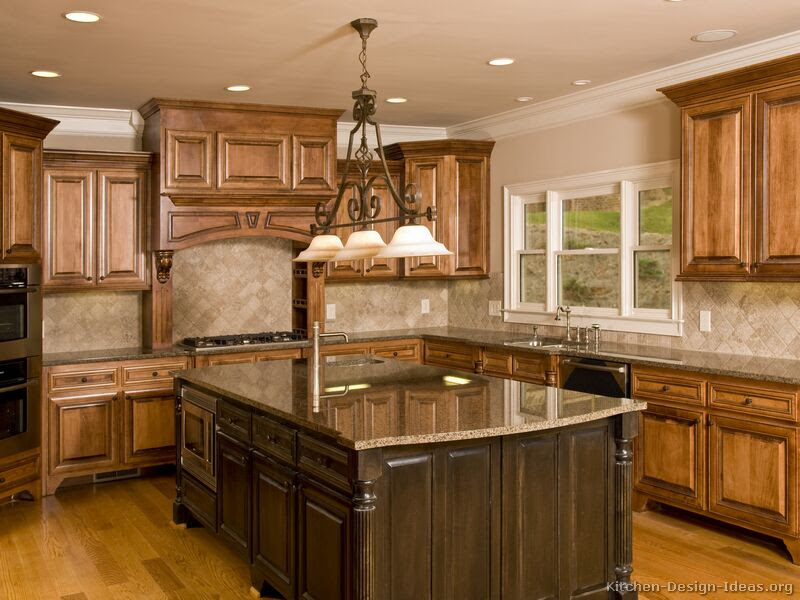 Tuscan Kitchen Design - Style & Decor Ideas