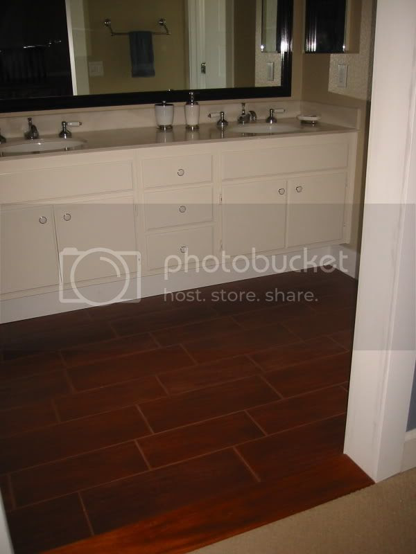 Wood look tiles in kitchen - Kitchens Forum - GardenWeb