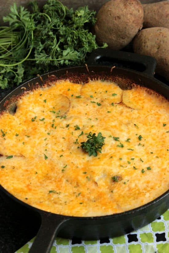 Cheesy20Skillet20Scalloped20Potatos201_zpscfcyny3y