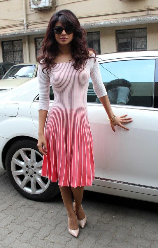 Priyanka-Chopra-Bollywood-Indian-Celebrities-Launch-Unicef-Mobile-Application-Photos-7