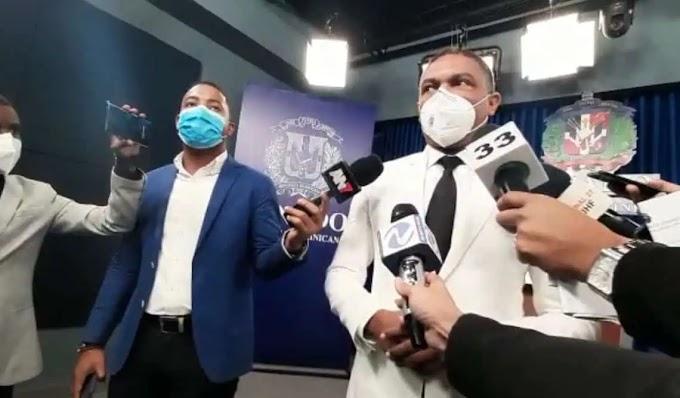 """SENADOR YVÁN LORENZO CALIFICA PRIMER AÑO DE ABINADER COMO UNA """"ESTAFA"""""""