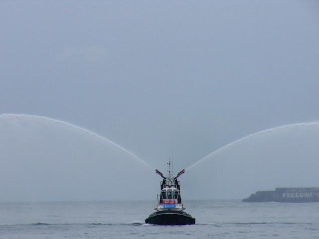 velux-5 oceans, llegada a getxo de bernard stamm y kojiro shiraishi