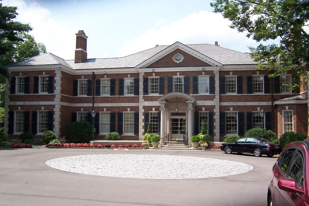 Govenors Mansion Tour