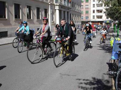 masacritica en bici en Cuenca