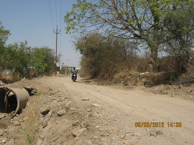 Road to  Amit's Gaia Pride Platinum near Pancard Club Baner Pune - 4