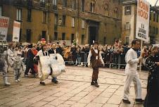 Piazza del Duomo.. passa ACR e .. la gente ,, applaude!.. stupendi ricordi..