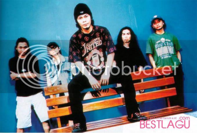http://i1172.photobucket.com/albums/r564/arisdarminto/Jamrud6.jpg-ScreenShoot Discography Jamrud