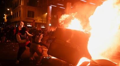 В результате протестов в Испании пострадали около 30 человек