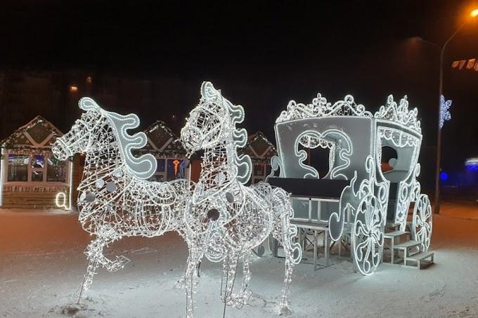 3D-карета и светящиеся олени появились на улицах Новокузнецка