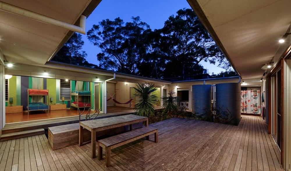 Courtyard House Designs | Modern House Designs