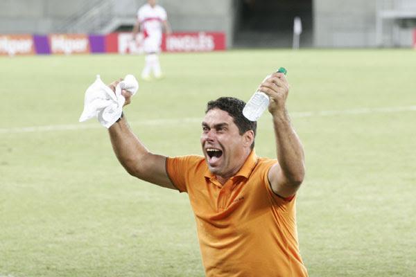 O técnico Leandro Sena está confiante em chegar à decisão