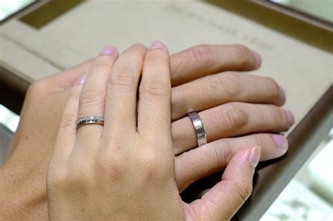 Why are wedding rings worn on the left hand?   Quora
