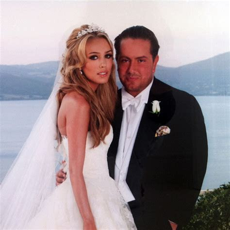 Petra Ecclestone releases the first photo of her wedding