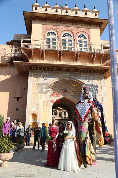 Peter and Michelle   Chomu Palace   Jaipur Destination Wedding