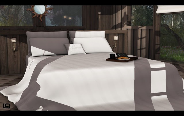 The Home Show - Pixel Mode - The Lake House - Bed