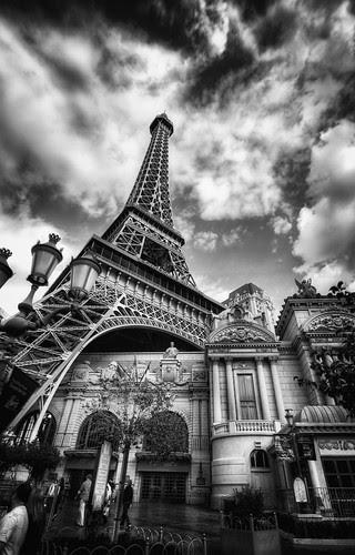 Paris Paris In Las Vegas Black White A Photo On Flickriver