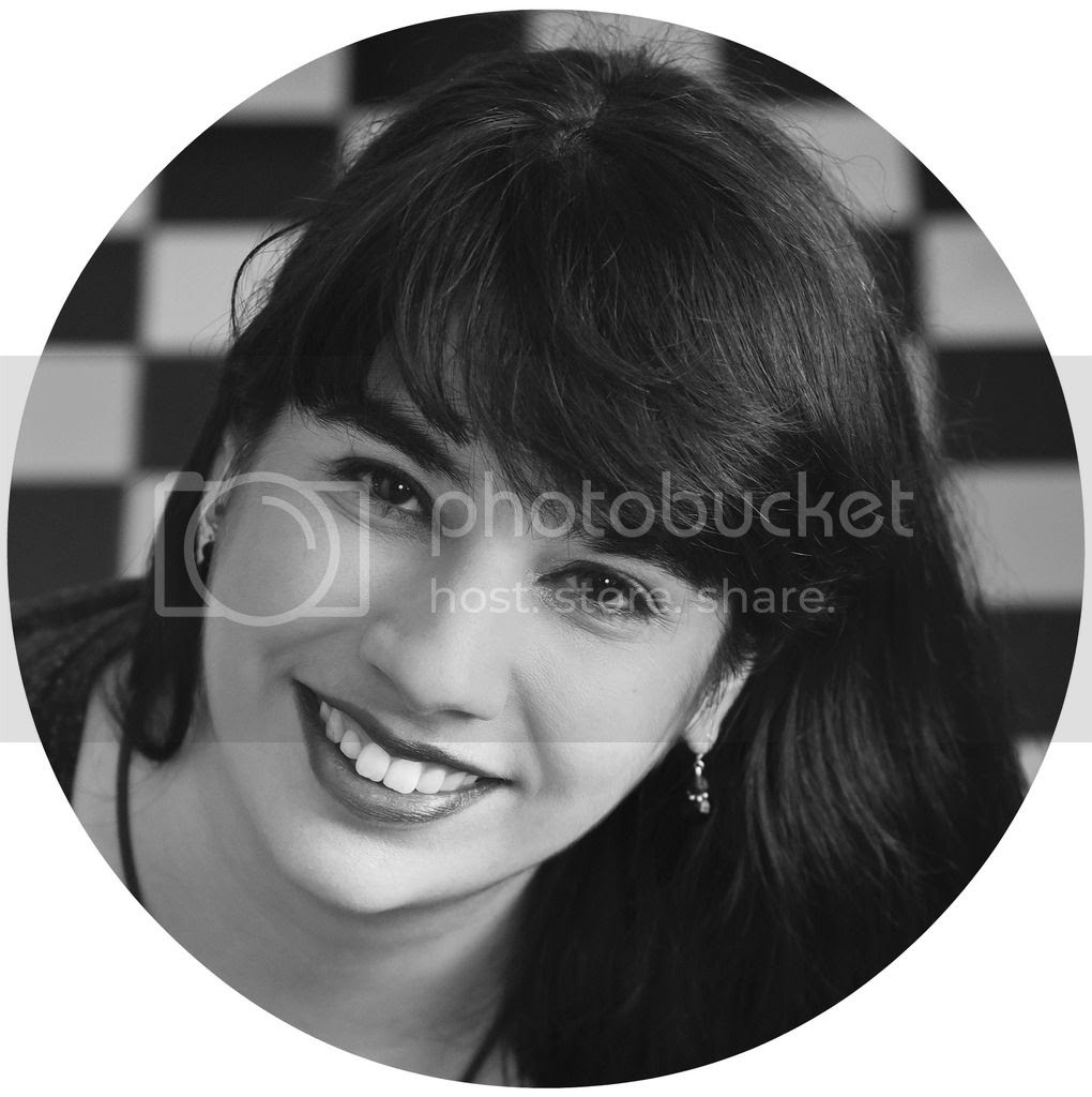 photo Profilbild 2.0 - rund_zpsmmu2dqiw.jpg