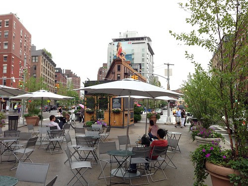 Meatpacking District plaza, 14th Street