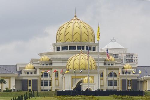 Mujur kuasa darurat masih di tangan Agong