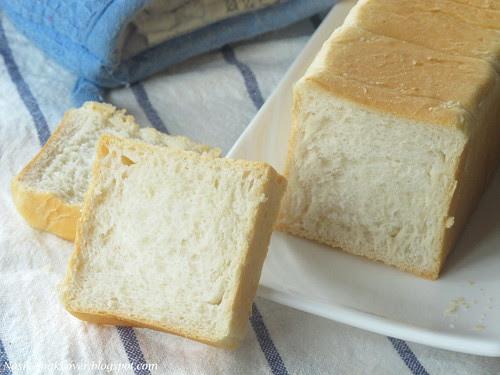 mini white loaf