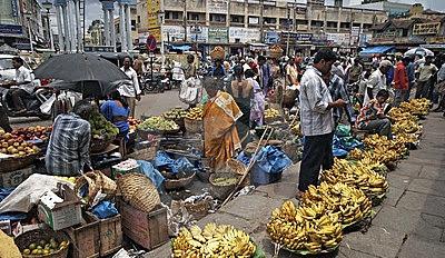 banana-market-