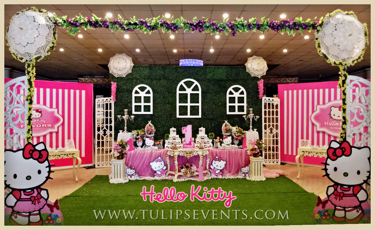 Hello Kitty Themed Party