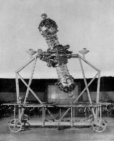 Photo of Zeiss II  Planetarium Projector at the Adler Planetarium  in 1933