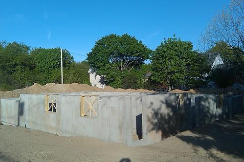 New Cottage St condos - 2