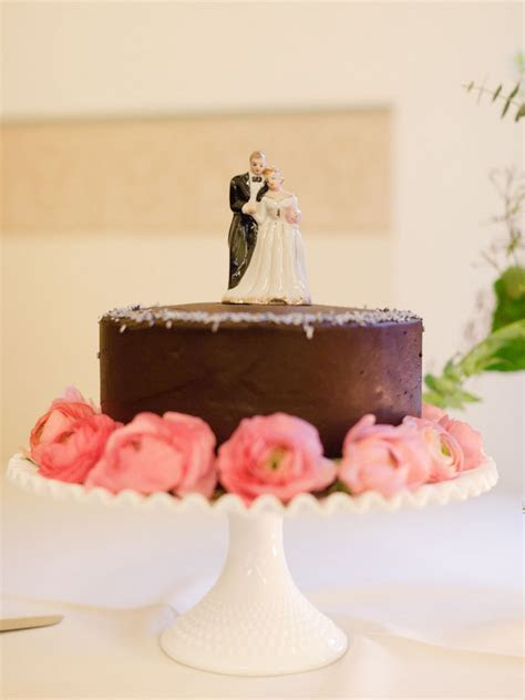 Simple Chocolate Wedding Cake   Elizabeth Anne Designs