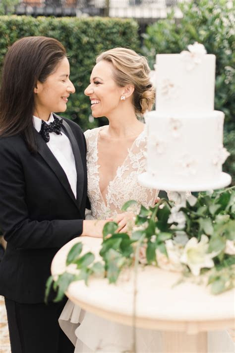 Floral wedding inspiration in New Orleans, Louisiana
