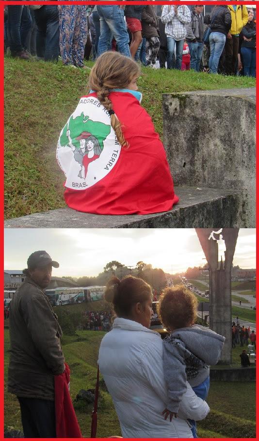 Entre os manifestantes há crianças  de várias idades e jovens, o que não foi pensado pela juíza Diele ao tentar impedir o acesso das caravanas a Curitiba. (Fotos Marcelo Auler)