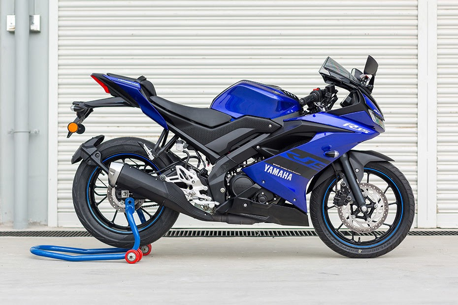 R15 V3 Images Hd Black / Yamaha R15 V3 On Road Price ...