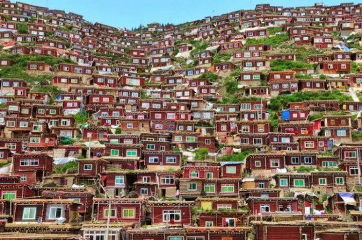 15. Tibet mountain village in the world, people, photos