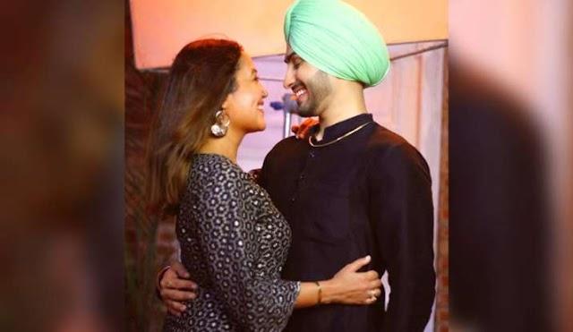 जब पहली बार मिले थे नेहा कक्कड़ और रोहनप्रीत सिंह, सिंगर ने शेयर की रोमांटिक फोटो