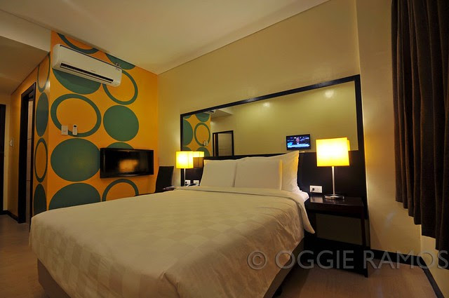 GoHotels Queen Room 5